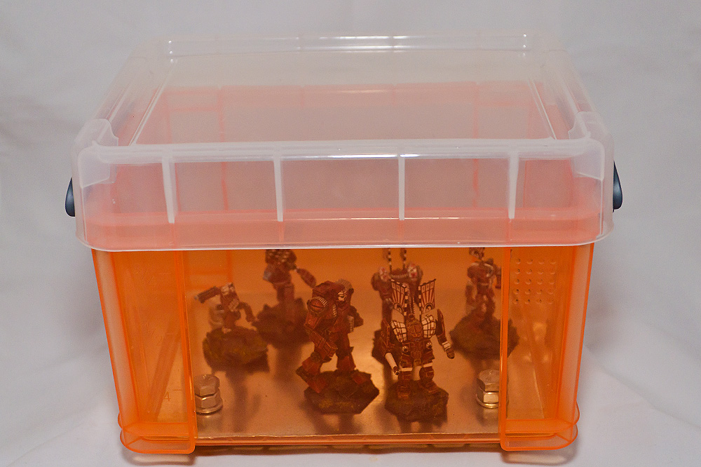 kontaktfreies Transportieren von Miniaturen mit Magneten