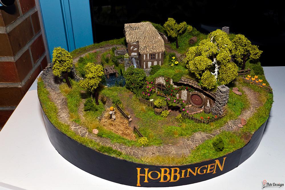 In einem Loch im Boden da lebte ein Hobbit